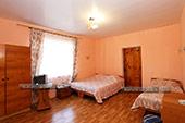 Комната - Номер на 3-х человек слева в пос. Курортное Крым