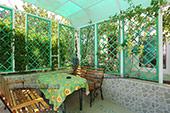 Беседка - Номер с удобствами в садовом домике